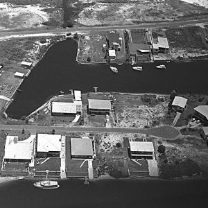 Canal Avenue and Bayview Street, Anglers Paradise, circa 1970. Photographer unknown