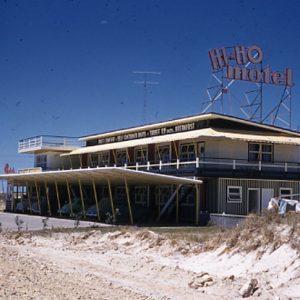 Hi Ho Motel, Broadbeach, Queensland, 1958. Rob Tonge, photographer