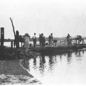 Meyer's Ferry ready to cross the Nerang River at Elston, 1920. Photographer unknown