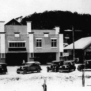 De Luxe Theatre, Goodwin Terrace, Queensland, circa 1930s. Photographer unidentified